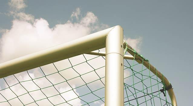 Obere rechte Ecke eines Fußballtores